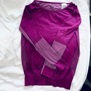 Nike Long Sleeve active Top